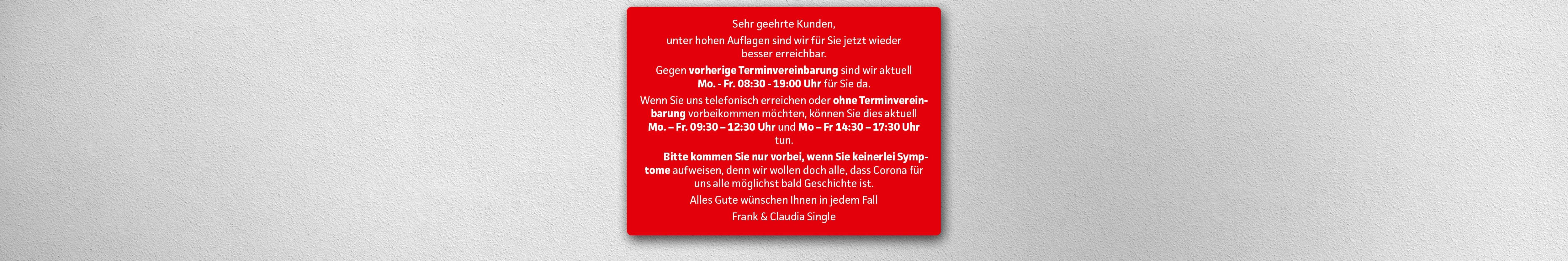 208500_Brillenmann_Web_Slider_2021-04-12.jpg
